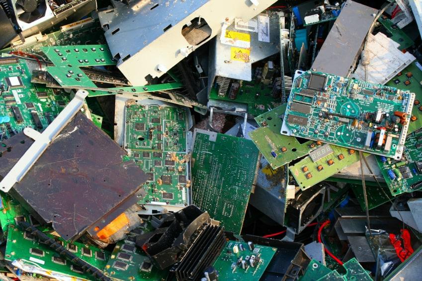 computer recycling electronic waste Je découvre et je comprends SMICOTOM 33